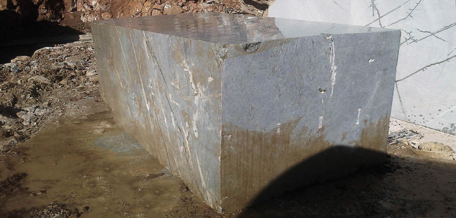 carbocalcio-moncervetto-blocco-da-cava-05