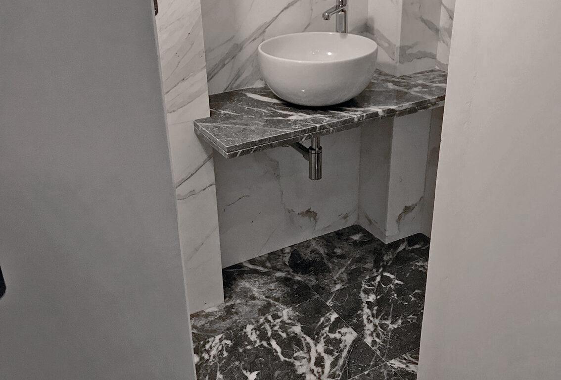 Bagno Piccolo Calacatta Moncervetto lavabo