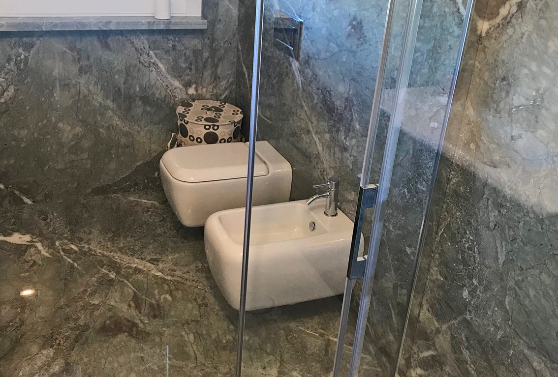 Carbocalcio Moncervetto marble Sanitari Picasso